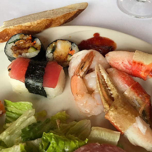 Sushi And Crab Legs @ Garden Terrace At Inverness