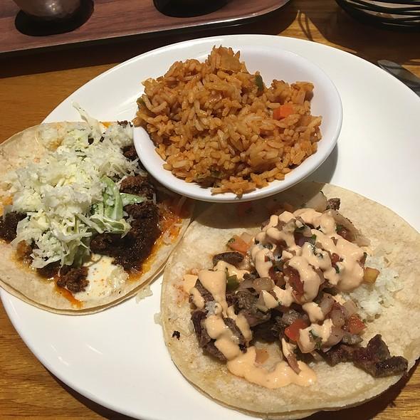 Tacos @ La Cantina