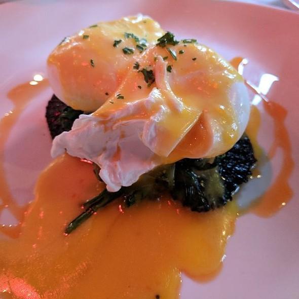 Grilled Portabella Eggs Benedict @ Fresco Da  Franco