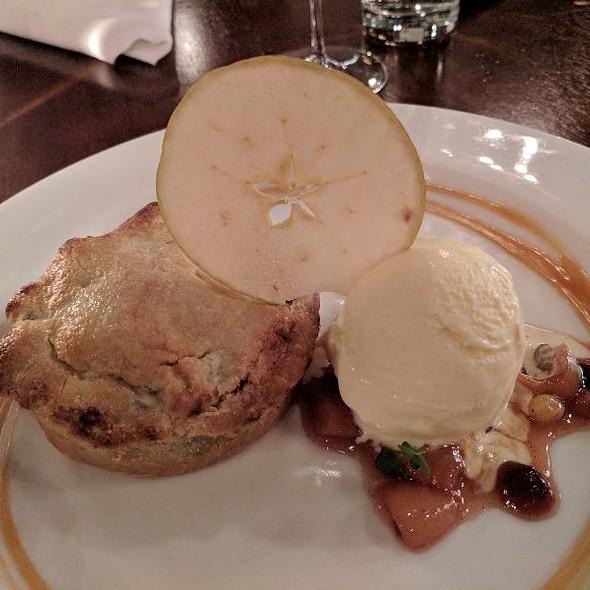Apple Pie @ Bluefin