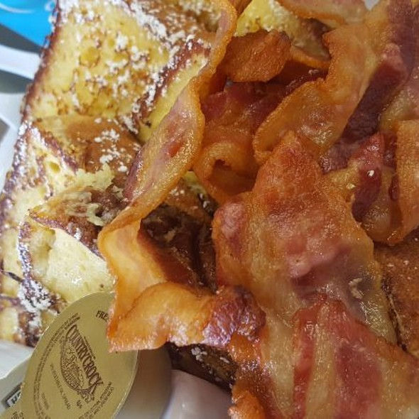 Sweet Bread French Toast & Bacon