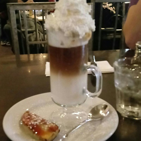 Latte With Brulee Banana
