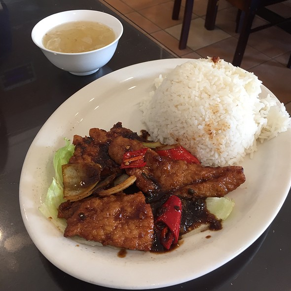 Black Pepper Pork Chop With Rice