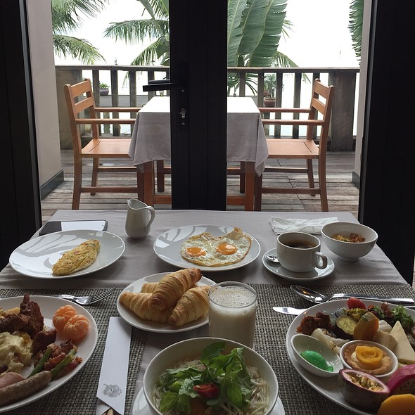 Last Breakfast Buffet