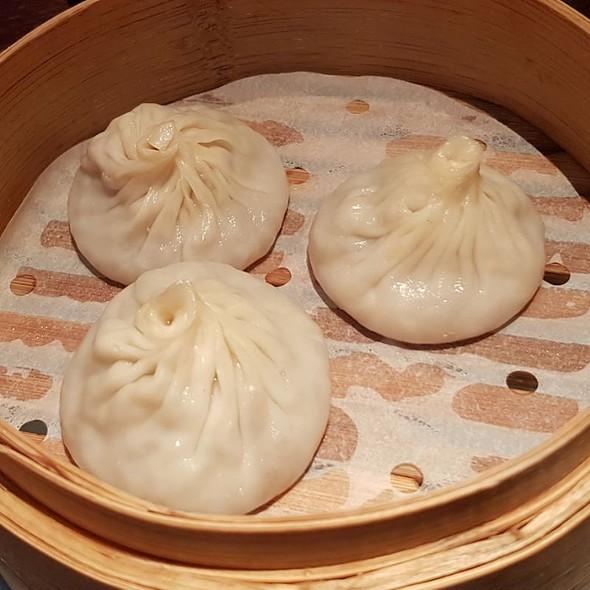 Traditional Iberico Pork Shanghainese Soup Dumplings
