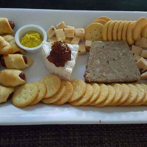Appetizer Plate @ Home