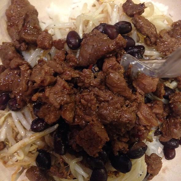 Rice Noodles With Skirt Steak @ BIBIBOP Asian Grill