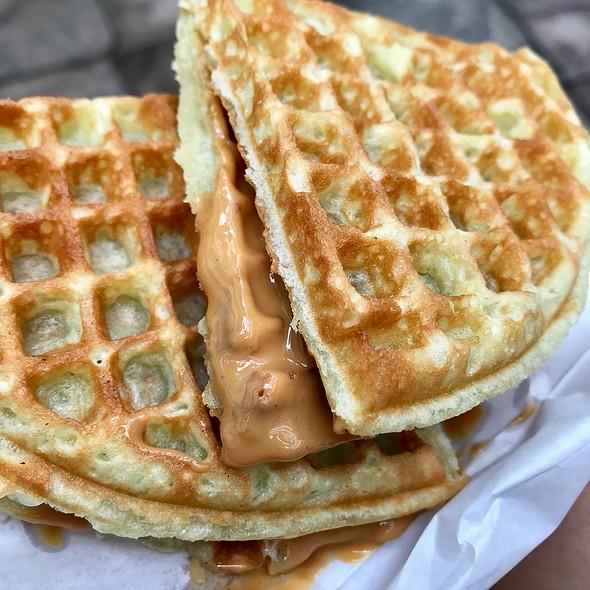 Peanut Waffle  @ TRIPLETS by BAKERY CUISINE