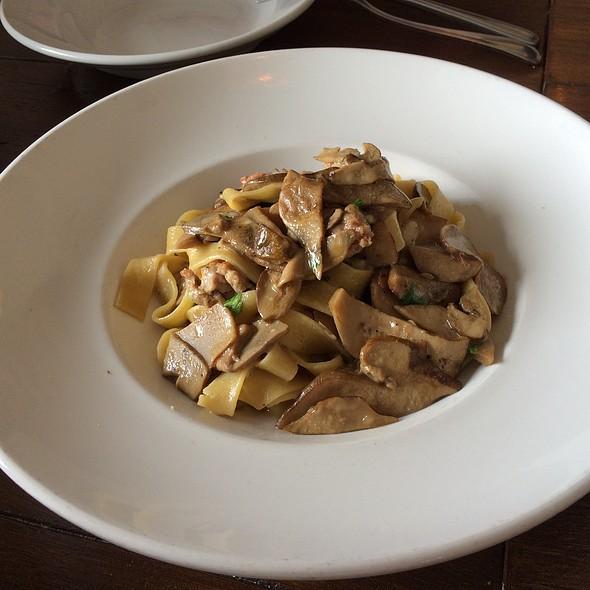 pasta with porcini mushrooms @ Civico 1845
