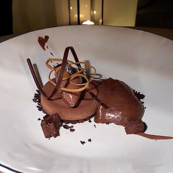 Chocolate trio – Oreo, cocoa nib, mole foam