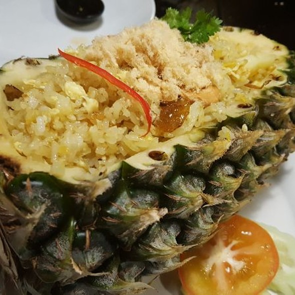 Pinapple Fried Rice @ Absolute Thai Gardens