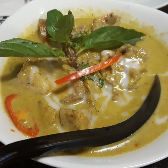 Beef Green Curry @ Absolute Thai Gardens