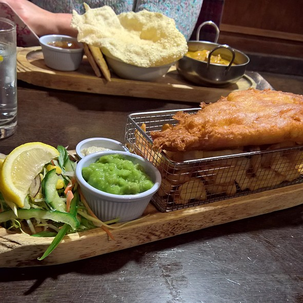 Catch Of The Day (Fish & Chips) @ The Knights Tafarn
