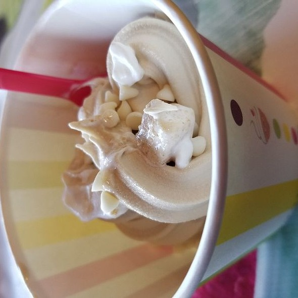 Praline Yogurt  @ Granny's Ice Cream & Yogurt