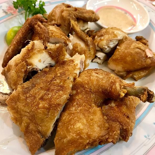 烧童子鸡 Roast Spring Chicken  @ 茗香菜馆 Beng Hiang Restaurant