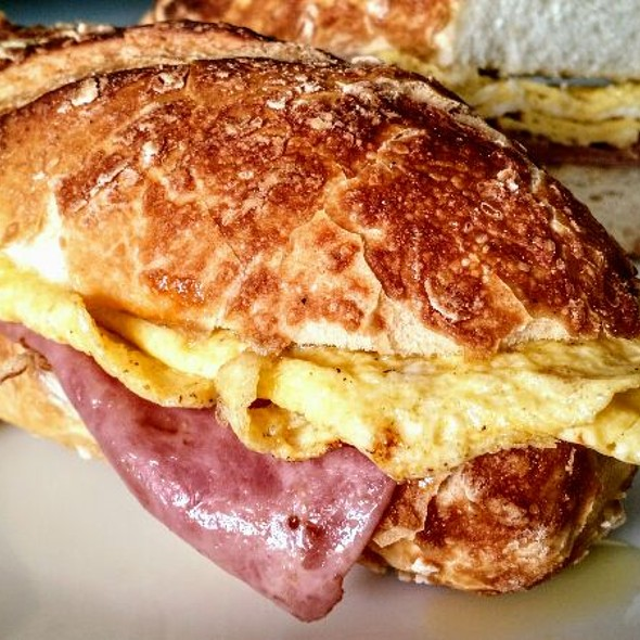 Egg And Ham Sandwich @ Home