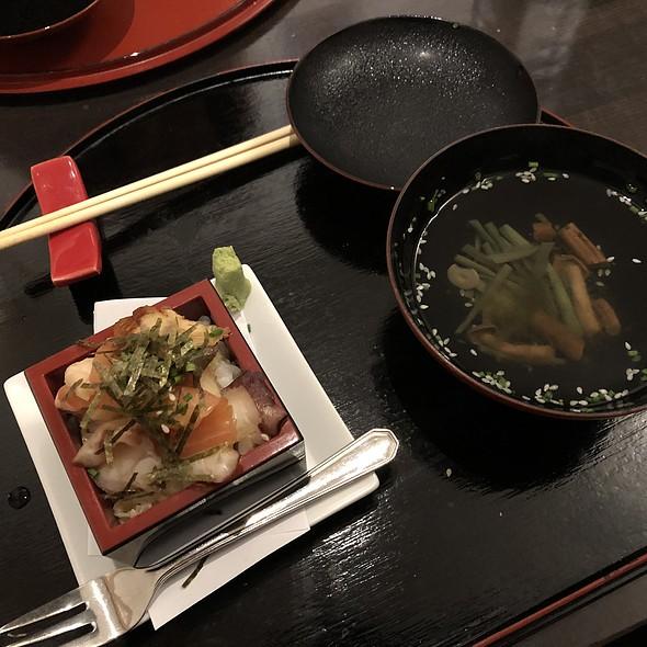 masu nama chirasizushi @ Restaurant Sakai