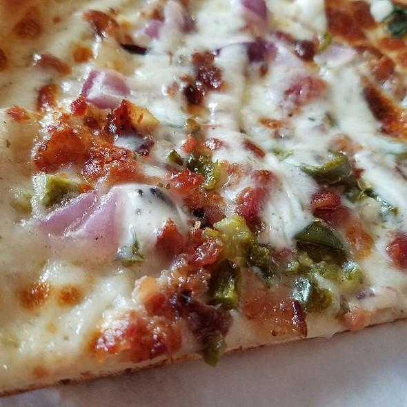 Bacon Onion Jalapeno White Sauce Pizza