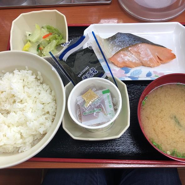 Grilled Salmon Morning Teishoku With Natto