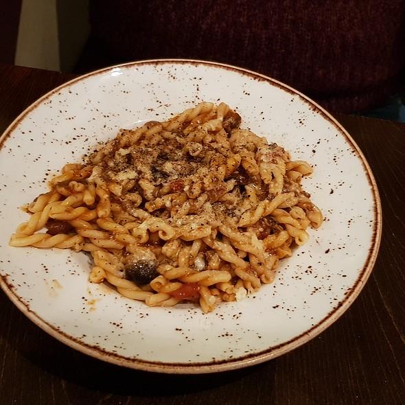 Pulled Beef & Venison Sprozzapreti @ Zizzi