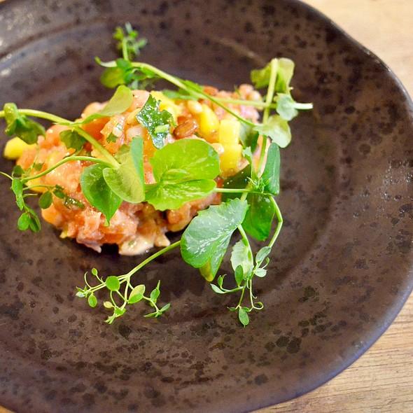 Salmon Tartar @ Bistrot Coco