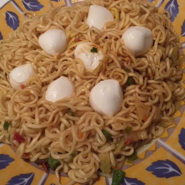 Chinese Noodel & Mozzarella Balls @ Home Sweet Home Sir Aqua
