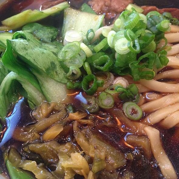 Beef noodle soup @ Pine & Crane