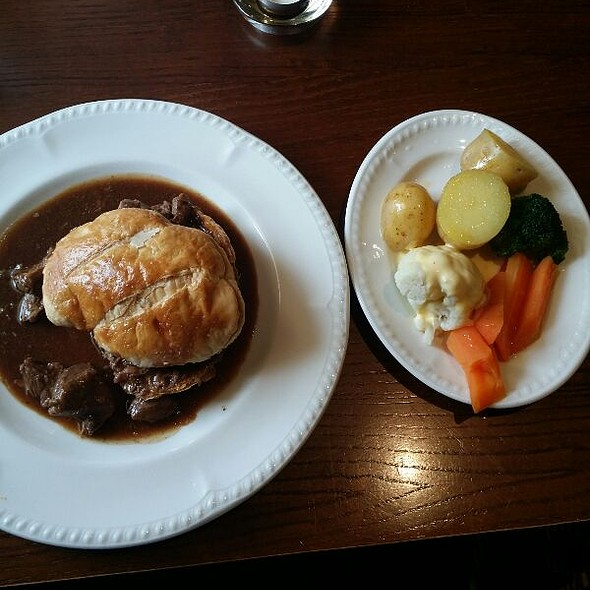 Famous Steak Pie Potatoes and Vegetables