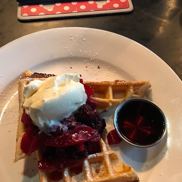 Waffles With Berries & Mascarpone