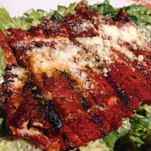 BBQ Chicken Salad @ Damon's Steak House