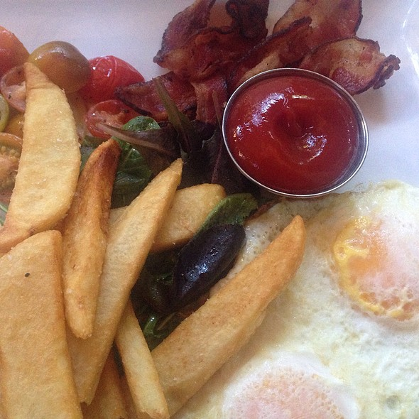 Classic Bacon & Eggs @ Pump Lounge