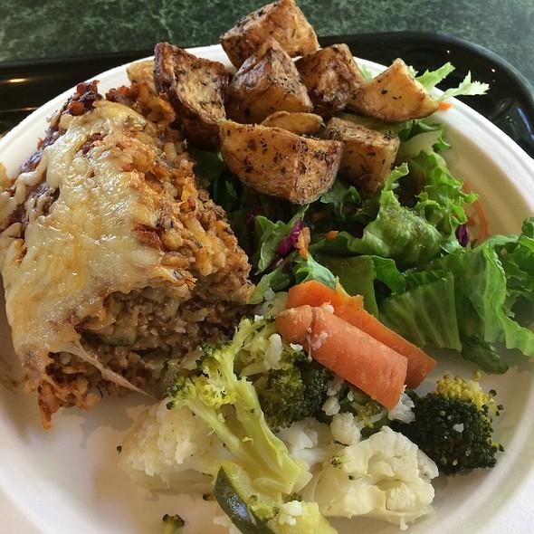 Veggie Buffet @ Govinda's Buffet