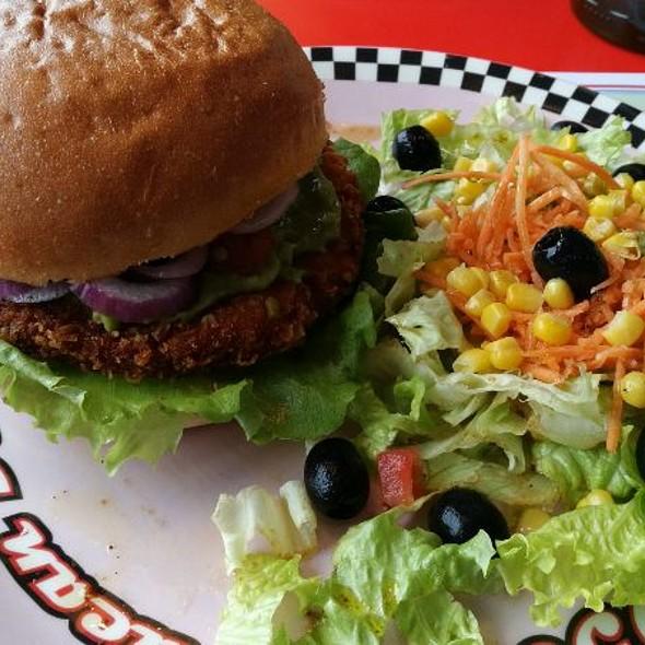 California Chicken Burger @ 1950 American Diner