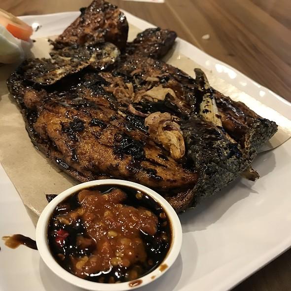 Grilled Boneless Milkfish (Bandeng Tanpa Duri)  @ Ayam Penyet President @ JCube