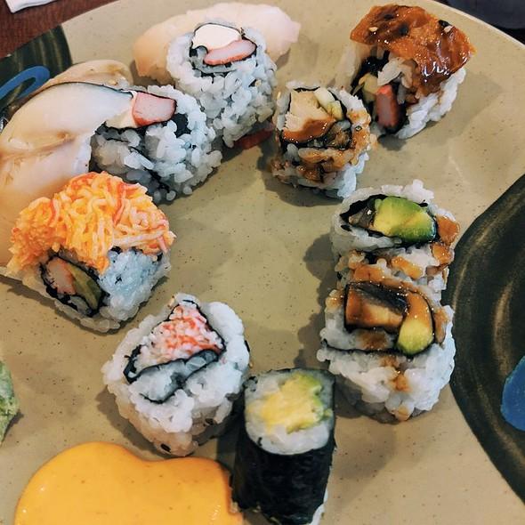 Sushi @ Kumo Japanese Seafood Buffet
