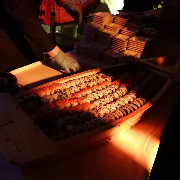 Titanic Sushi boat @ In The Lab