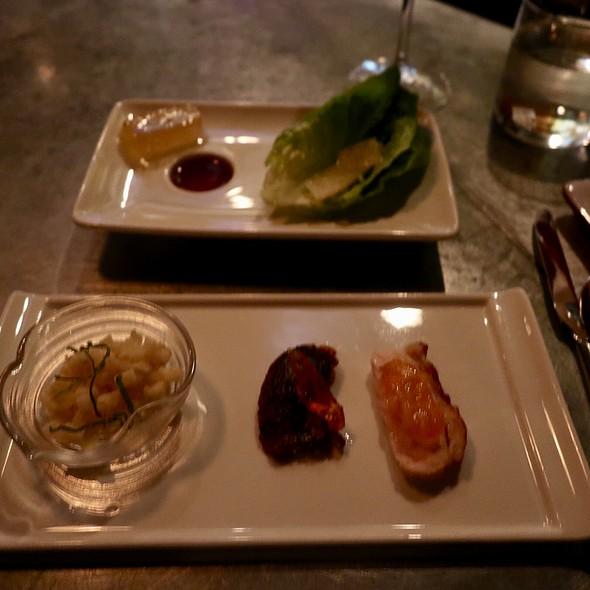 Turkey Lettuce Wraps with Pomelo, Basil, and Key Lime Ponzu