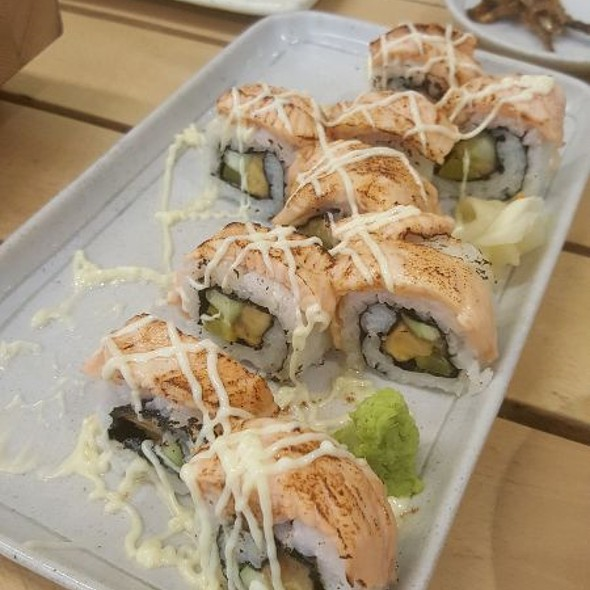 Dragon Roll @ Tori Ichi (Festival Mall)