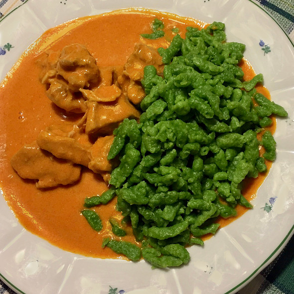 Veal Goulash with spinach dumplings