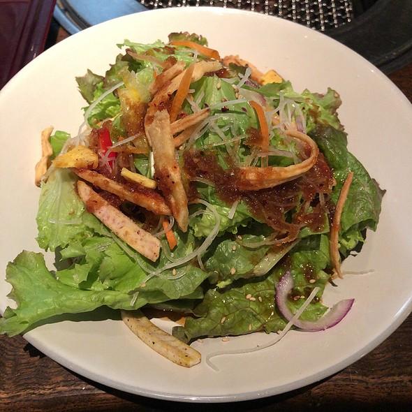 Lunch Salad @ 炭火焼肉トラジ 青山店