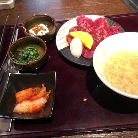Salad Lunch Set @ 炭火焼肉トラジ 青山店