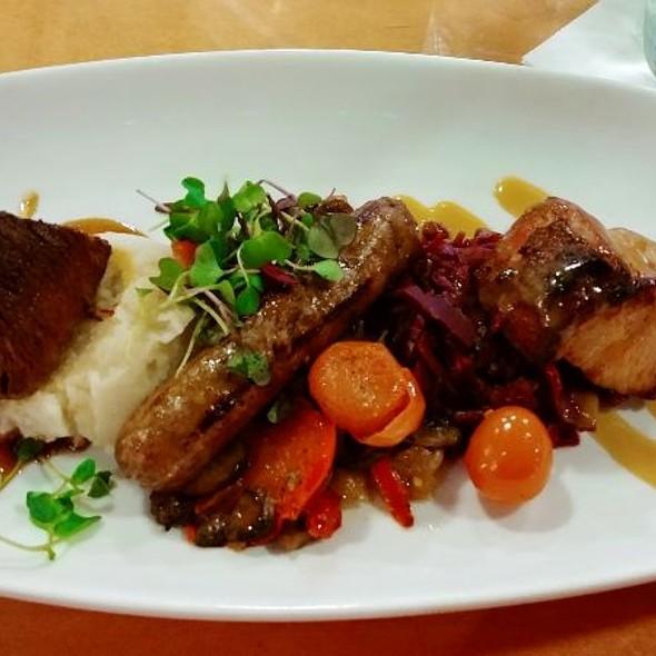 Viking Mixed Grill @ Akershus Royal Banquet Hall