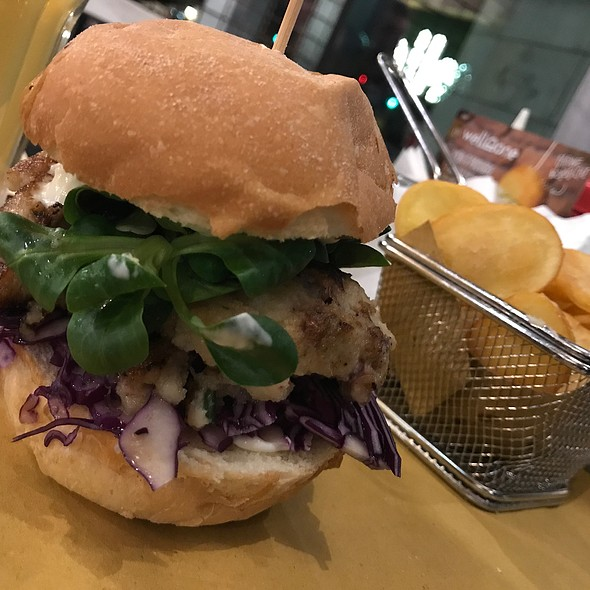 Burger Marino & Chips