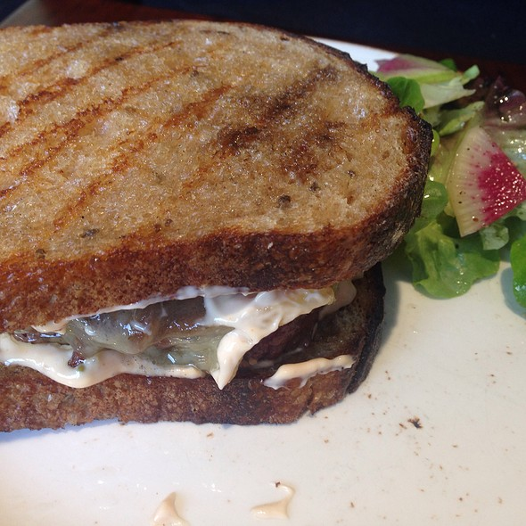 Grilled Patty Melt On Rye With 1000 Island Dressing @ Friends & Family
