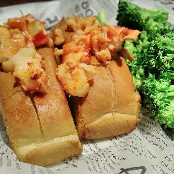 Lobster Rolls Lunch