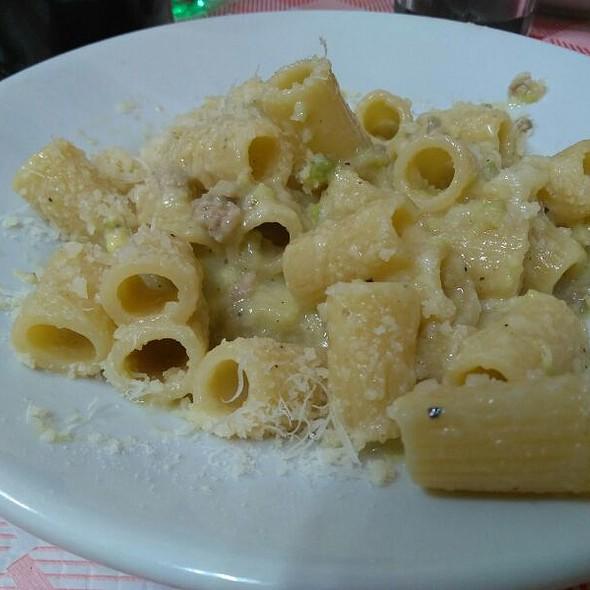 Broccoli E Salsiccia Pasta @ Trattoria La Rustica