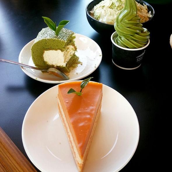 Orange Cake and Green Tea Roll