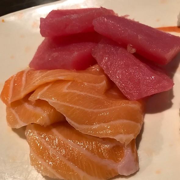 Sashimi Lunch Platter @ Sushi Village