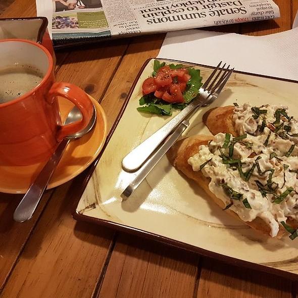 Chicken And mushroom Bruschetta