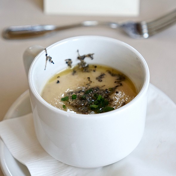 Cauliflower soup, Oregon black truffles